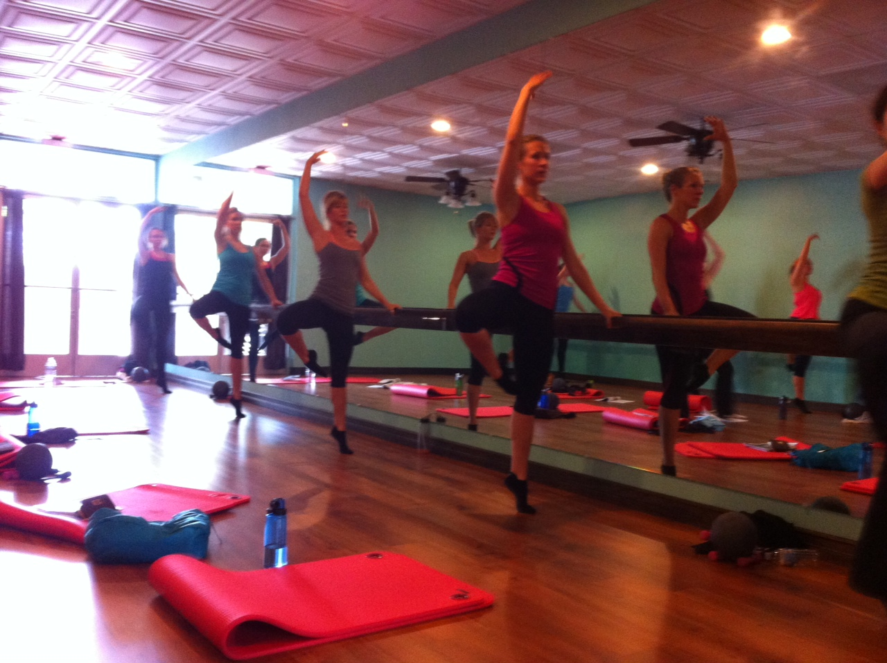 Xtend barre instructor training shaped for fitness exercise xflitez Gallery